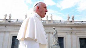 Papa en audiencia general propone examinar conciencia para eliminar la arrogancia