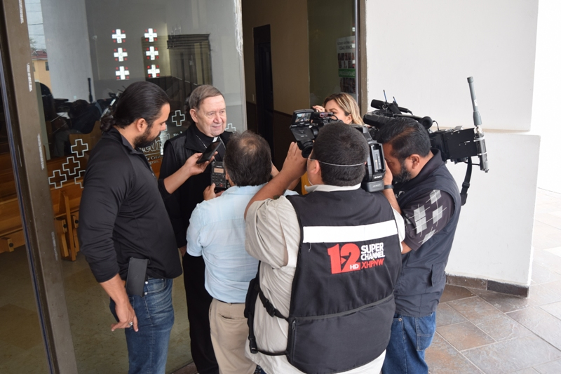 OBISPO ALONSO G. GARZA TREVIÑO DA A CONOCER COMUNICADO POR COVID-19 A MEDIOS DE COMUNICACIÓN