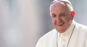 La falta de caridad causa la infelicidad, sólo el amor sacia el corazón: Papa Francisco