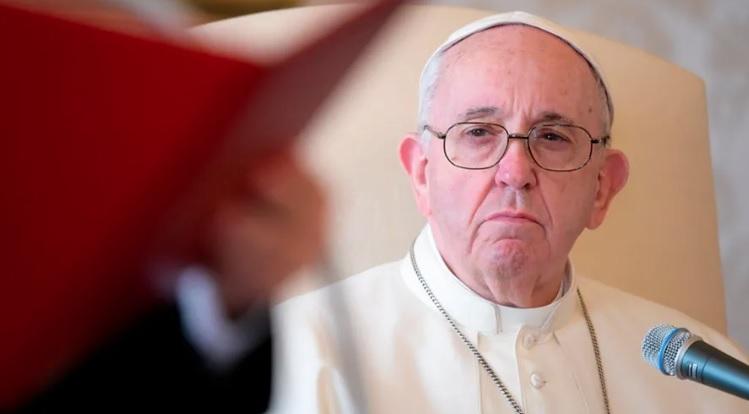 Papa Francisco ingresa al hospital por una operación programada, Vaticano informa sobre su estado de salud